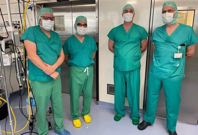 Erste laparoskopische fasciotens-Anwendung Schweiz